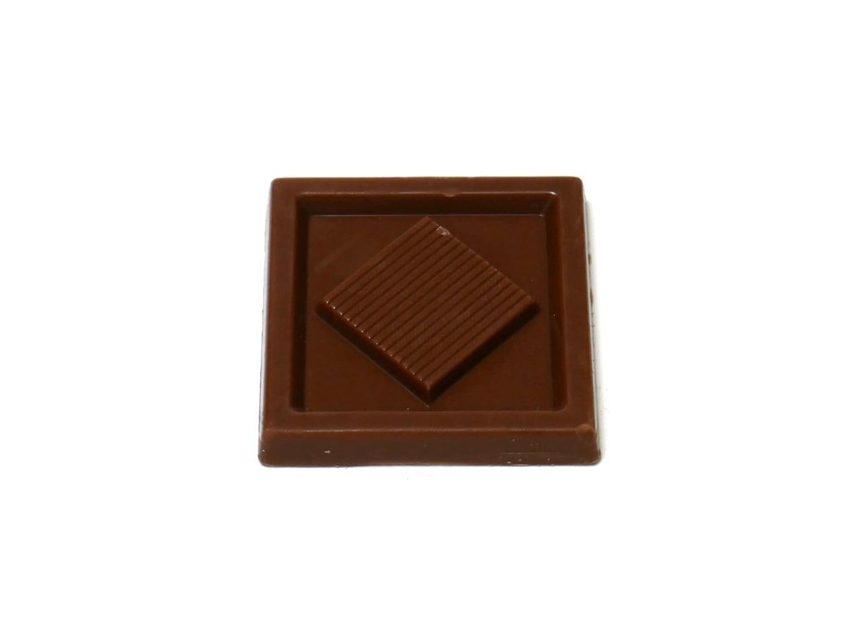 アトランテ ミルクチョコレートナポリタン 1枚(開封中身)