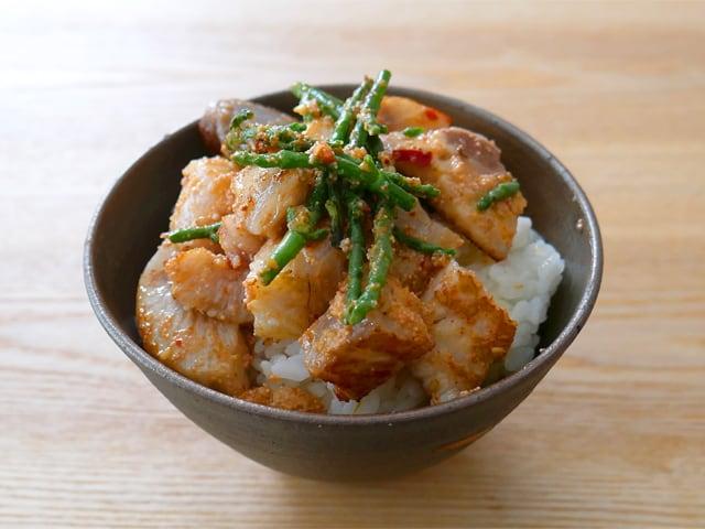 ぶりポキ(明太ソース) 焼いて丼に