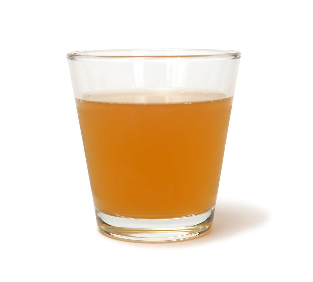 台湾果茶 台湾レモン コップに注いだ