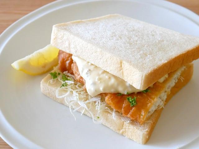 フィッシュアンドチップス サンドイッチにアレンジ