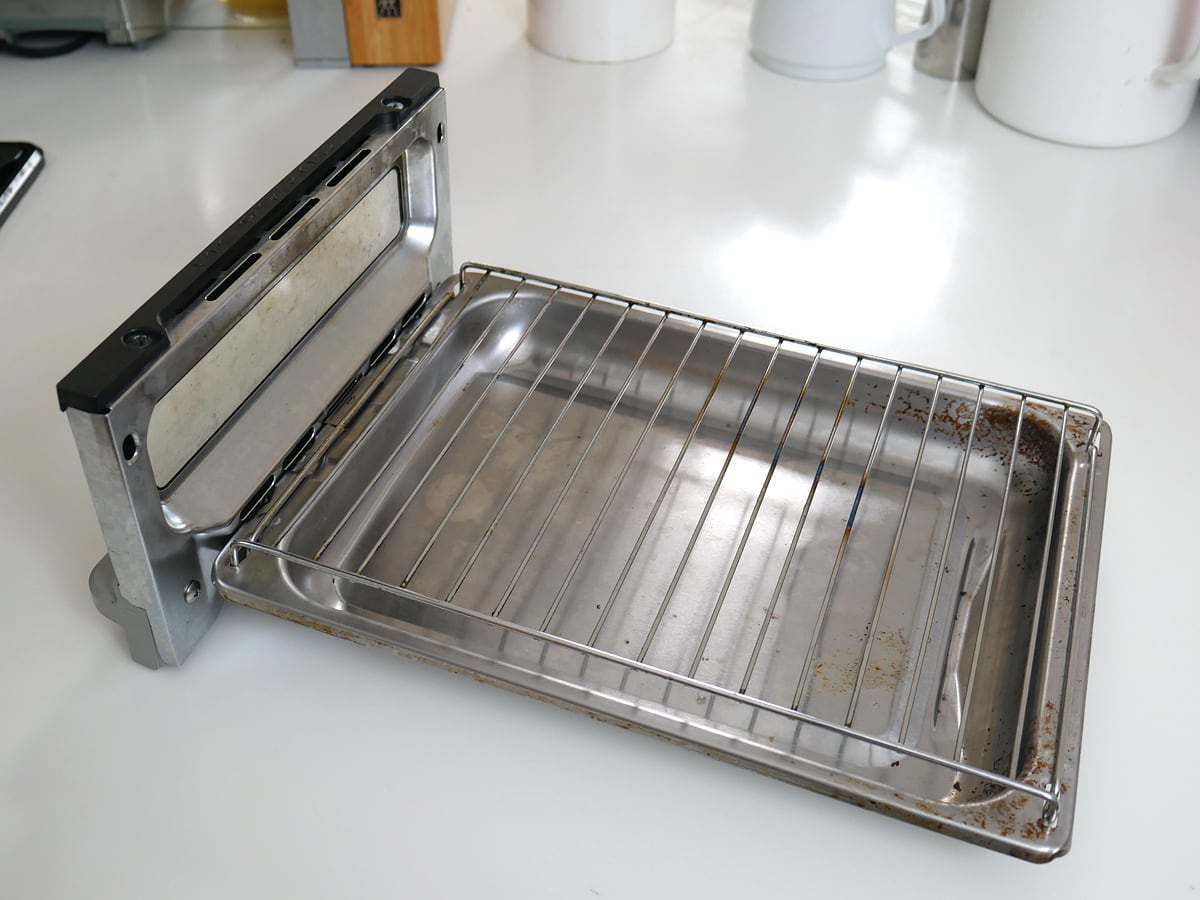 DAWN ウルトラプラチナム 食器用洗剤 2.66L 魚焼きグリル(掃除した後の様子)
