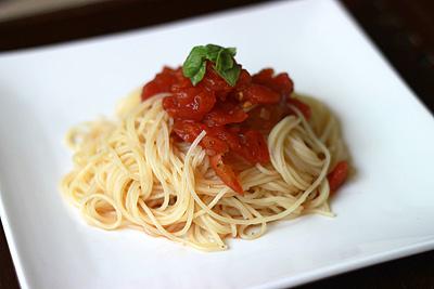 超簡単!冷製トマトパスタ