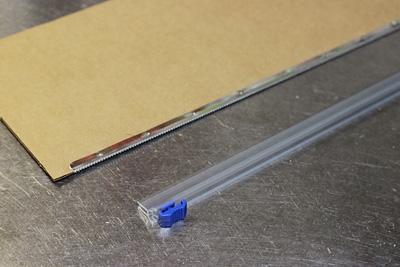 金属刃とスライドカッター
